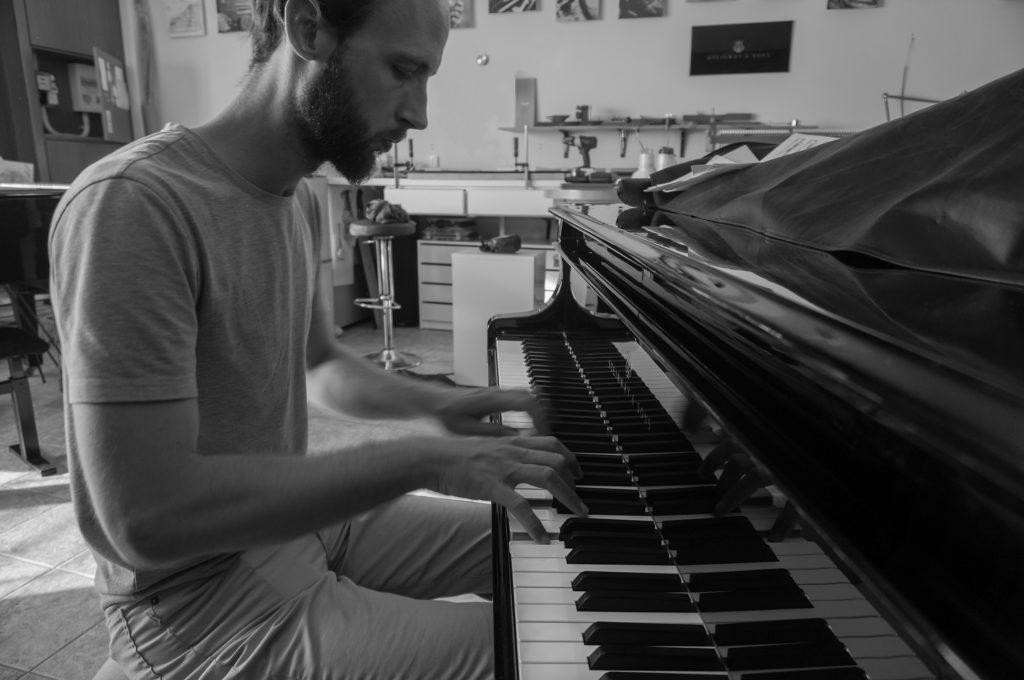 Accord de piano Steinway - Ulrich Guilllerm - TiPiano